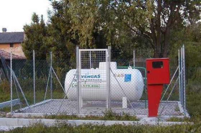 Serbatoi trivengas - Bombolone gas casa ...